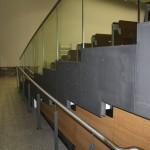 Fachhochschule Koblenz, Ganzglasgeländer mit Edelstahl-Handlauf