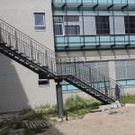 Fachhochschule Koblenz, Gitterrosttreppe als zweiter Fluchtweg